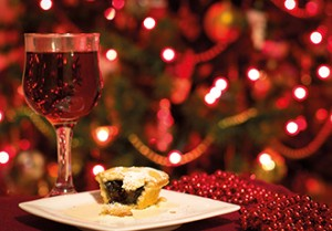 Fresh Mulled Wine & locally baked mince pies