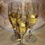 Champagne & Wedding Cake
